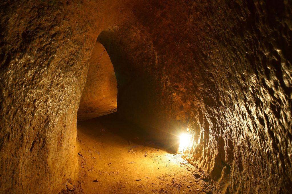 Landausflug zu Vietkong Tunneln